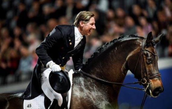STOCKHOLM 20161126 Patrik Kittel på hästen Deja under dressyrens Grand Prix final under Sweden International Horse Show i Friends Arena i Solna. Foto: Pontus Lundahl / TT / kod 10050